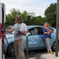 TVE - Equipage AVEM - Mark et Anne-Sophie s'accordent une petite pause charge